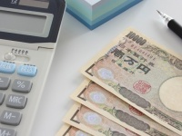 日本の未来は厳しい……「老後生活」のイメージを聞いてみたら5割以上が「年金受給生活」と回答