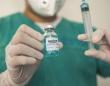 ボランティアを新型コロナウイルスに感染させワクチンの効果を確認、イギリスでヒト感染試験が実施予定