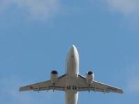 海外旅行を100%楽しむために! 時差ボケを防ぐ飛行機での過ごし方3つ