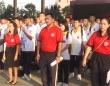 大きな声で国歌斉唱しない生徒には何回も歌わせる。タイの罰則が物議をかもす