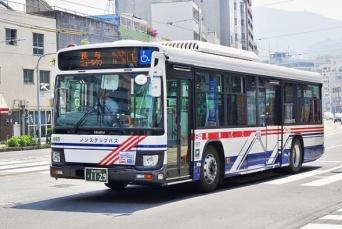 長崎バス(Houjyou-Minoriさん撮影、Wikimedia Commons