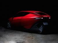 スポーツカーとバイクが融合した近未来感。3輪の電動自動車「Model SONDORS」が今年販売予定(アメリカ)