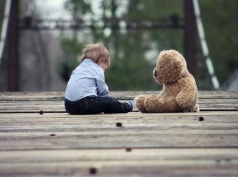 子どもが孤立しないようにママ友いじめに耐える女性も多いという