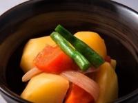 やっぱり肉じゃが? 男子大学生に聞いた、彼女に作ってほしい煮物料理ランキング!