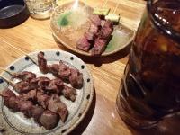 炭火串焼をメインに提供する「テング酒場」