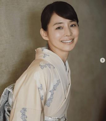 ※画像は石田ゆり子のインスタグラムアカウント『@yuriyuri1003』より