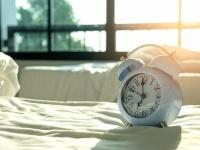 休みの日には長く寝たい? 社会人がベストだと思う休日の睡眠時間Top5
