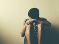 ひきこもりや社交不安障害でも安心して受診できる(shutterstock.com)