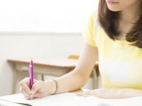 サークルクラッシャーって? 目撃したことがある大学生は25.3% 恐怖の体験談も!