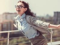 社会人が「仕事が楽しい」と感じる瞬間ランキング! 3位目標達成したとき