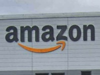 """アマゾン・ベゾスCEO「ほぼ納税せず」報道で批判から""""一転""""べた褒めの怪"""
