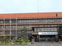 大田市役所(2015年、アラツクさん撮影、Wikimedia Commons