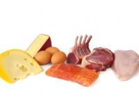 MEC食は肉・卵・チーズを食事の中心にして必須栄養素を満たす(depositphotos.com)