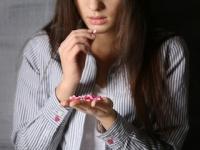 「片頭痛」と「うつ病」と「自殺」には関連性がある(depositphotos.com)