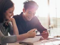 女子だけじゃない! 47.7%の男子学生が男友達に恋愛相談をすると回答