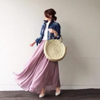 ラベンダー色のマキシスカートは、Gジャンでラフに装う #東京365日コーデ