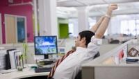 デスクワーカーに多い! 運動不足を実感している社会人は約5割