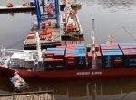 船もクレーンも全部ミニチュア! 大人がガチで作った『ラジコン港』がすごい。