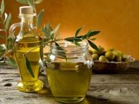 植物油を摂取すればコレステロール値や心疾患リスクが低下(depositphotos.com)