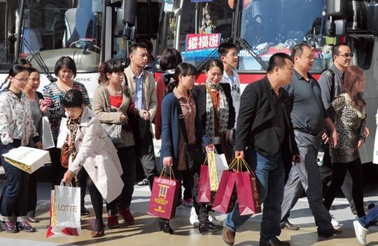今年の春節も多くの中国人観光客が押し寄せた