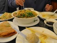 中華料理を食べるときに知っておきたい! 回転卓のあるお店での正しいマナー
