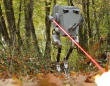 ダチョウの脚がモチーフの美脚二足歩行ロボット「キャッシー」がスターウォーズのAT-STのコスプレ姿を披露していた!