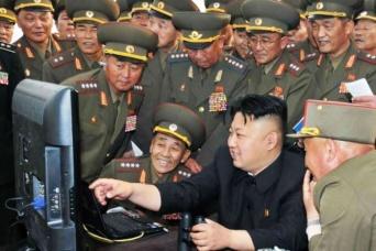 アダルトビデオの訪問販売まで出現した北朝鮮