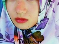 画像は、『小松菜奈1st写真集「Trabzon」 (Angel works) 』より
