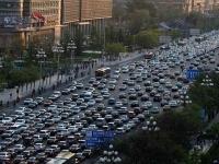 中国の渋滞風景(「Wikipedia」より)