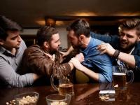 なぜ酔うと人は怒りっぽくなるのか?(オーストラリア研究)
