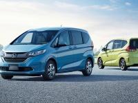 ホンダ・フリードとフリード+はどこが違う?ハイブリッドとガソリンモデルの燃費・価格を徹底比較!ベストバイモデルはどれ?