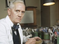 フレミングによって「ペニシリン」が発見されてから90年(写真はwikipediaより)