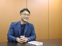 『会社を50代で辞めて勝つ! 「終わった人」にならないための45のルール』(集英社刊)の著者、高田敦史さん