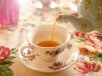 おいしい紅茶を入れる人は魅力が増す。イギリスの最近研究で明らかに