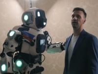 ロシアの最先端ロボットとして紹介された人型ロボットだが、中に人が入ってるコスプレスーツだったことが発覚した件(ロシア)