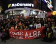 ソウルの学生街・新村でのデモの様子(韓国・アルバイト労働組合のHPより)