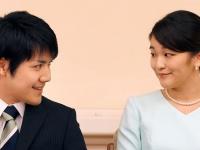 眞子さまと小室圭さん(代表撮影/ロイター/アフロ)