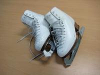キム・ヨナのスケート靴