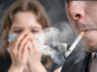 2020年までに飲食店では原則禁煙に?(shutterstock.com)
