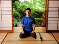 『腰・ひざ 痛みとり「体芯力」体操』の著者、鈴木亮司さん