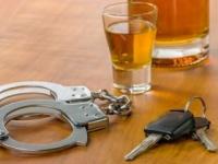 「飲んだら乘るな、乘るなら飲むな」が世界基準(shutterstock.com)