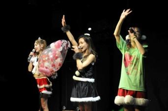 Feamのメンバー、Maiの生誕祭が開催!