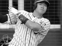 阪神・佐藤輝明、打率向上で「エグイ内角攻め」が始まった!