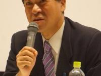 新潟市内の原発問題のシンポでの泉田前知事(撮影・横田一)