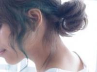 ルーズな雰囲気は『おくれ毛』でみせる♡秋のアップスタイルはコレでキマリ