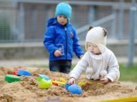 公園の「砂場」は病原菌や寄生虫の温床(depositphotos.com)
