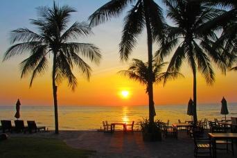 タイ・ホアヒンのビーチで起きた邦人集団全裸事件(写真はイメージです)
