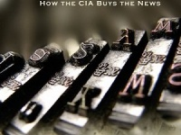 画像は、ウド・ウルフコテ氏の著書『Journalists for Hire: How the CIA Buys the News』(Next Revelation Press)
