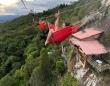 断崖絶壁にへばりつく宿泊施設「空中ホテル」ハンモックで一夜も過ごせます(コロンビア)※高所恐怖症注意