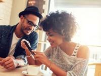 9月7日にいよいよ発売! iphone7を購入予定の大学生は〇割